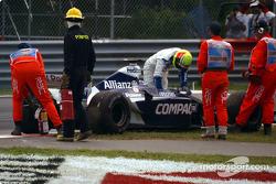 Motor reventado para Ralf Schumacer, después de la bandera a cuadros