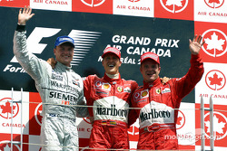 Podium: winnaar Michael Schumacher met David Coulthard en Rubens Barrichello