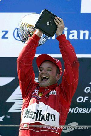 Podyum: Yarış galibi Rubens Barrichello