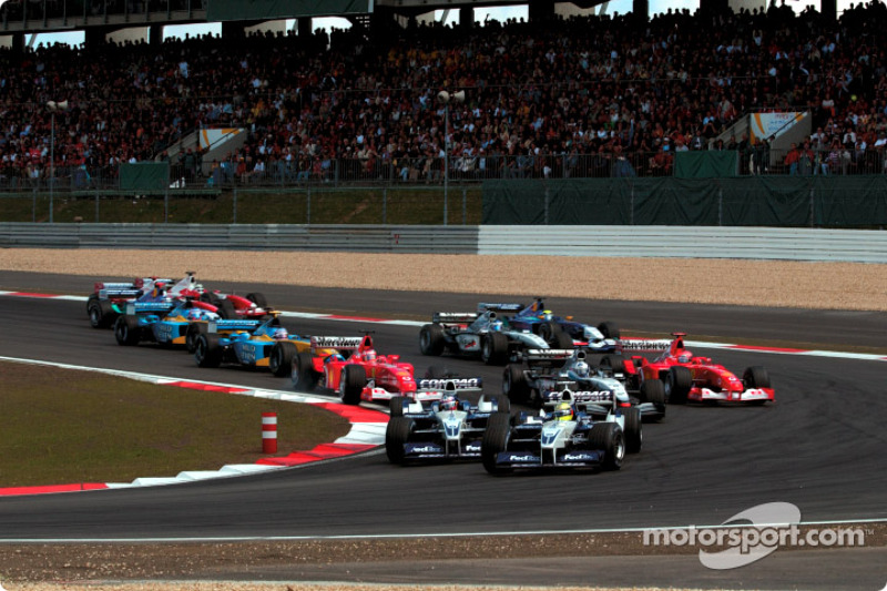 Le départ : Ralf Schumacher devant Juan Pablo Montoya