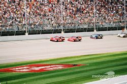 Bill Elliott, Dale Earnhardt Jr. et Michael Waltrip