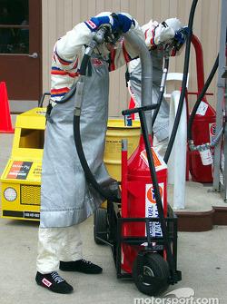 Paradas por gasolina en el garage
