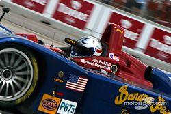 Un membre de Fernandez Racing