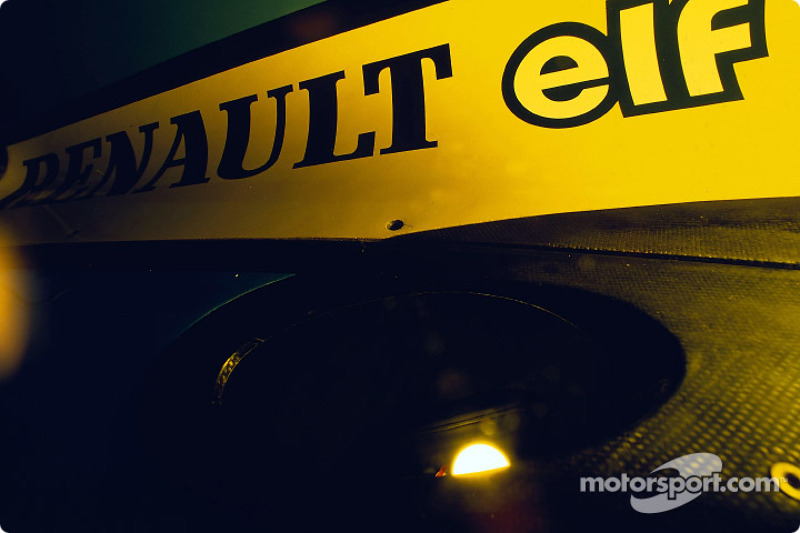 Renault F1 exhaust