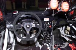 Cabina del Mitsubishi Lancer Evolution WRC