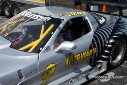 Le pilote malaisien Mohamed Fairuz Mohamed Fauzy visite la Team Sauber