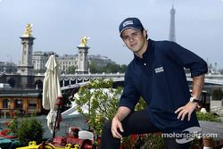 Visit, Paris ve Felipe Massa
