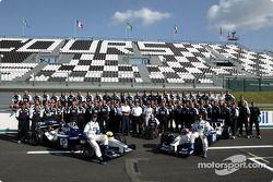 Fotos familiares con el equipo Williams-BMW