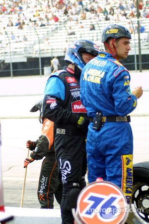 Kevin Harvick used crew members of different teams