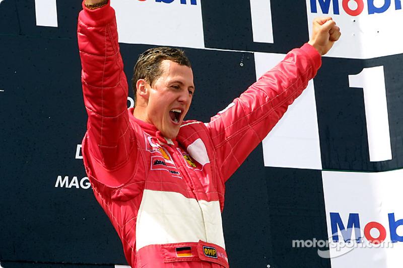 Podyum: Yarış galibi ve five-time Dünya Şampiyonu Michael Schumacher