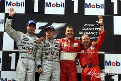 Podium: David Coulthard, Kimi Räikkönen, Michael Schumacher, Jean Todt