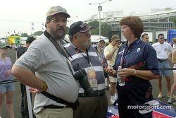 Motorsport.com's Ken Plotkin and Rich Romer with Chris Syfret of Panoz