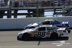 Dale Jarrett et Jimmie Johnson