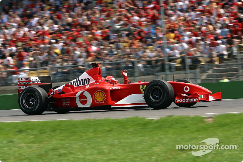 3º Michael Schumacher - 24 corridas- De Hungria 2001 até Malásia 2003 - Ferrari
