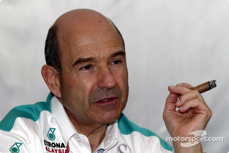 Peter Sauber relaxing