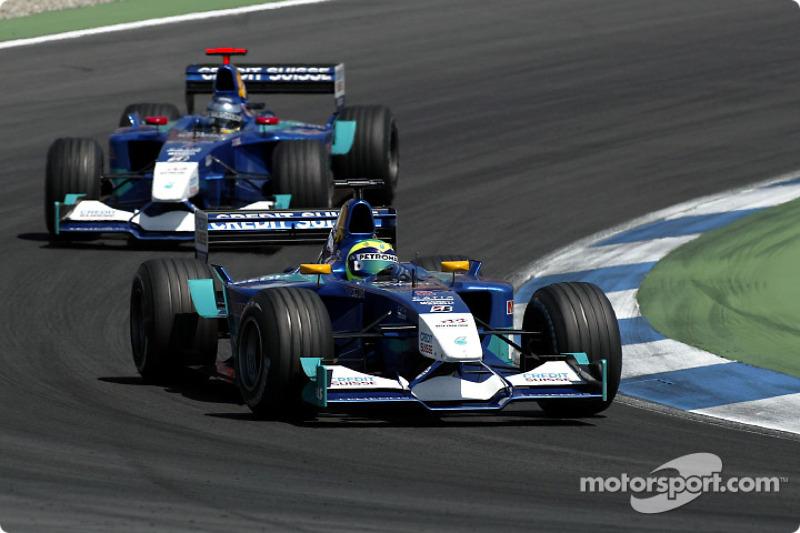 Em 2002, Massa foi ordenado a ceder posição para o parceiro Nick Heidfeld por duas vezes, no GP da Europa (onde não obedeceu) e no GP da Alemanha (quando acatou. Com clima ruim, ele saiu do time no fim do ano.