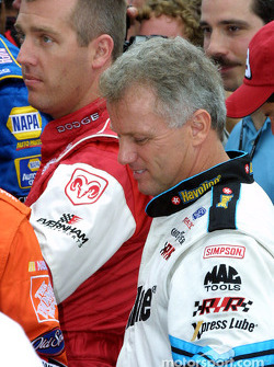 Jeremy Mayfield y Ricky Rudd
