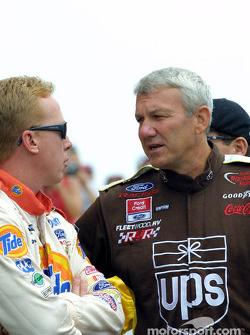 Dale Jarrett et Ricky Craven