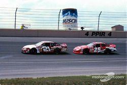 Tim Sauter et Bobby Hamilton Jr.