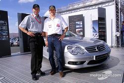 Uwe Alzen, Team HWA, AMG-Mercedes CLK-DTM 2002; mit Formel-3-Fahrer Markus Winkelhock