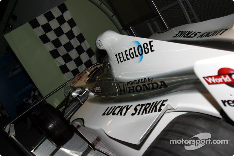 Visit to Gilles Villeneuve Museum: Jacques Villeneuve BAR 002