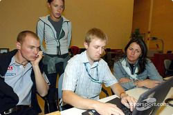 Richard Burns durant un web chat
