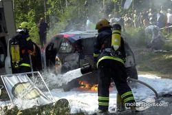 Unfall: Das brennende Auto von Colin McRae