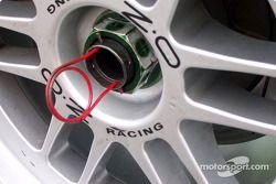 Wheel retainer lock