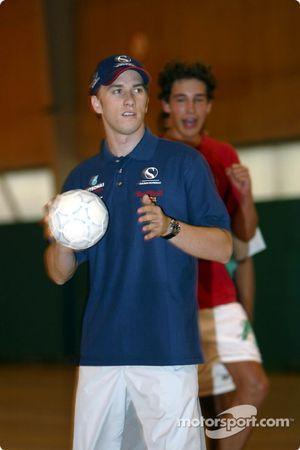 Visit at the Malmedy Handball Club and the Badminton Club de Malmedy: Nick Heidfeld