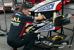 Minardi crew member