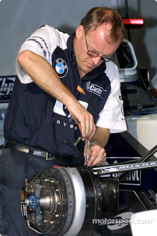 Getting ready for the day at Williams-BMW