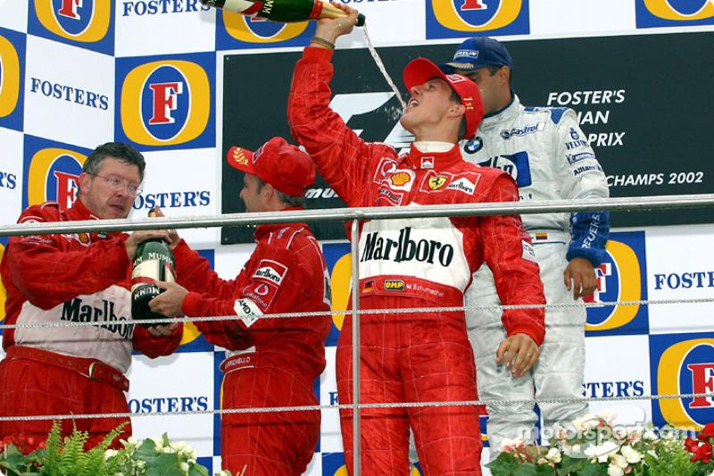 Podyum: Michael Schumacher, Rubens Barrichello, Juan Pablo Montoya ve Ross Brawn