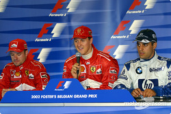 Conferencia de prensa: el ganador de la carrera, Michael Schumacher con Rubens Barrichello y Juan Pa
