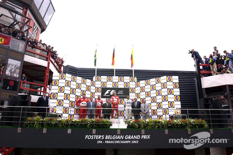 Podyum: Yarış galibi Michael Schumacher ve Rubens Barrichello ve Juan Pablo Montoya