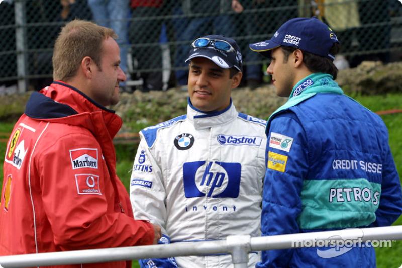 Desfile de pilotos: Rubens Barrichello, Juan Pablo Montoya y Felipe Massa
