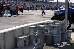 Se espera que RIR deba pintar la barda luego de la carrera Busch