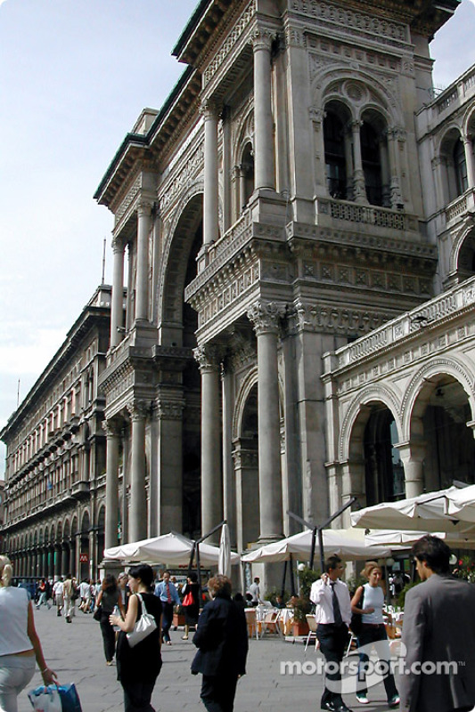 Piazza del Duomo Galleria