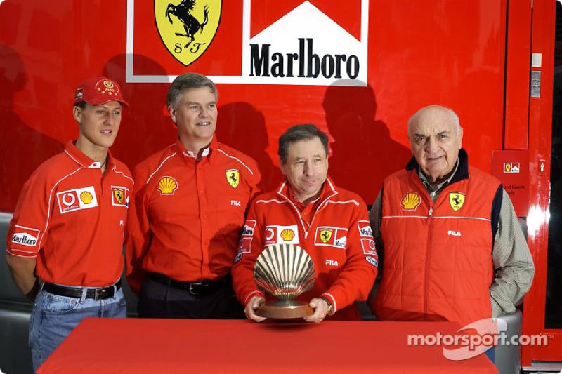 Presentación Shell: Jean Todt, Michael Schumacher y Froilán González