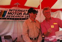 Fangio selecciona el boleto ganador para el Centro Internacional de Investigaciones Racing Motor