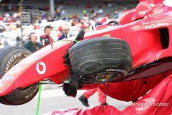 Rubens Barrichello'in hasarlı Ferrari