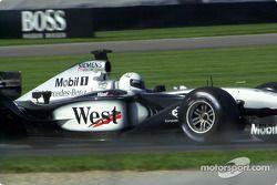 IRL pilotu Sarah Fisher did a demonstration run West McLaren Mercedes