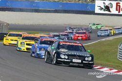 Marcel Fässler, Team HWA, AMG-Mercedes CLK-DTM 2002; Mattias Ekström, Abt Sportsline, Abt-Audi TT-R;