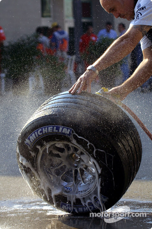 Washing the tires