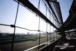 Jacques Villeneuve durant l'échauffement matinal