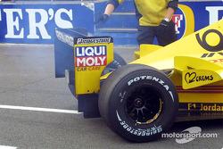 Giancarlo Fisichella back in the pits