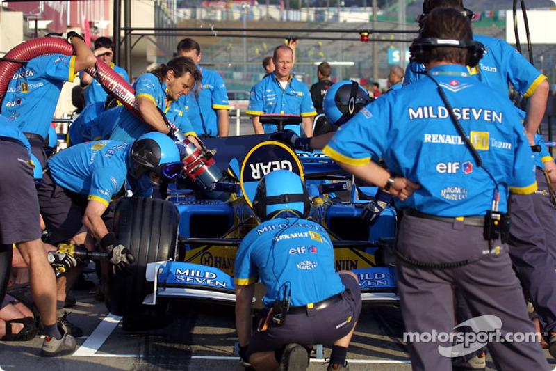 Práctica de parada de pits para el Equipo Renault F1
