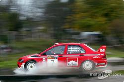 Joao Barbosa a pris la pole position GT avec la Perspective Motorsports #24 Mosler MT900 R malgré le