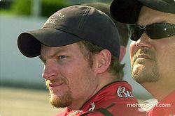 El siempre popular Dale Earnhardt Jr.