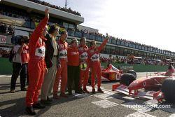 Rubens Barrichello, Luca di Montezemelo, Michael Schumacher, Jean Todt, Luciano Burti ve Luca Badoer