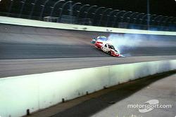 Lonnie Cox spins